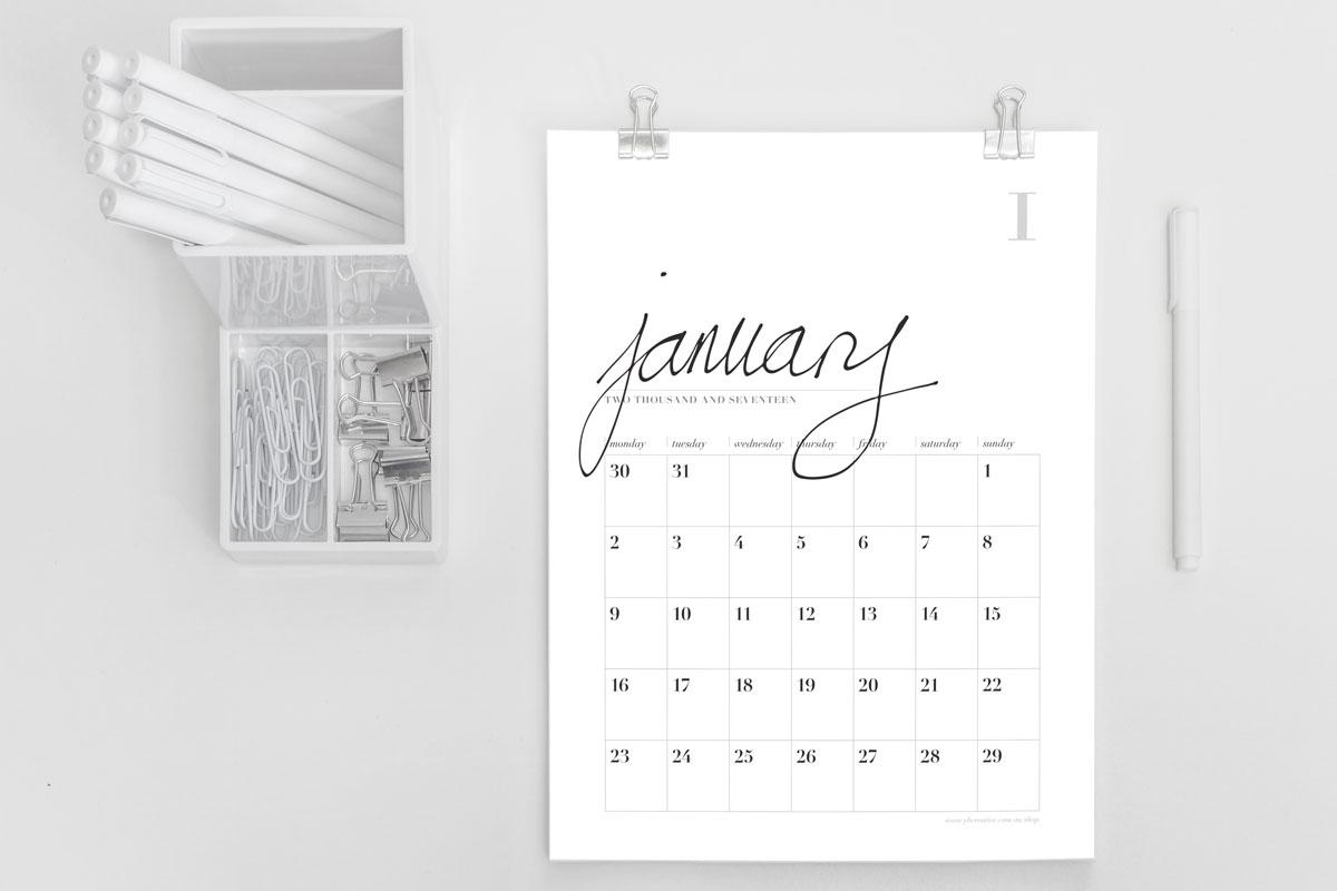 Calendar-2017-mockup-portrait-1